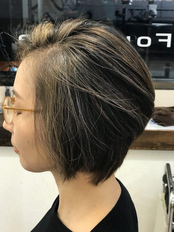 白髪をかっこよく見せるカラー
