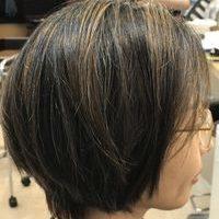 白髪をかっこよく見せるカラーのサムネイル